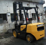 仓库叉车Warehouse forklift
